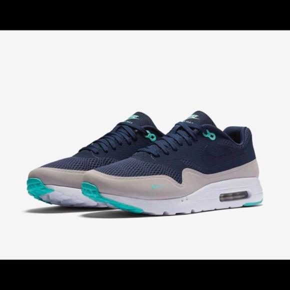 Nike Air Max 1 Ultra Essential Men's Shoe.